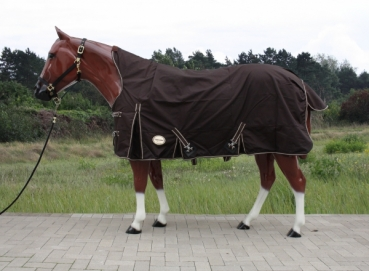 """TOUGH HORSE"" - Regen Winterdecke - HALF NECK - 1680D - 300g filling - BRAUN - 76"" & 78"""